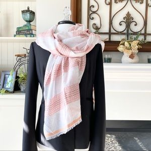 New Ann Taylor Light Weight Blanket Scarf